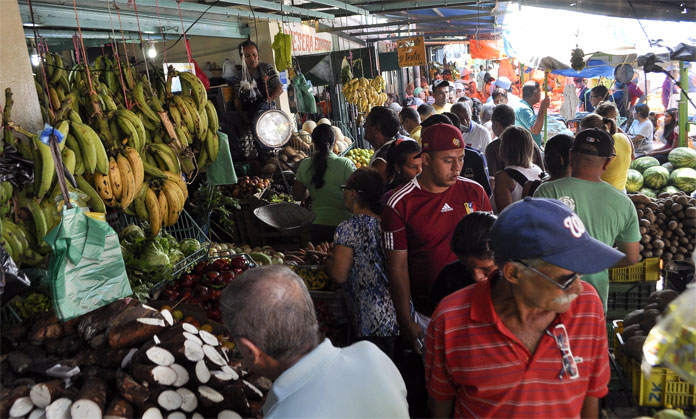mercado terepaima en asueto de semana santa. 25/03/2016 foto: stiven valecillos