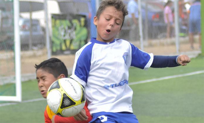 Recreo sport empat con las colinas el impulso for Cafetin colegio las colinas
