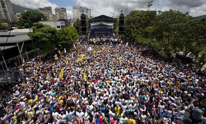 Oposición venezolana prepara protesta de 24 horas para el 14 de noviembre