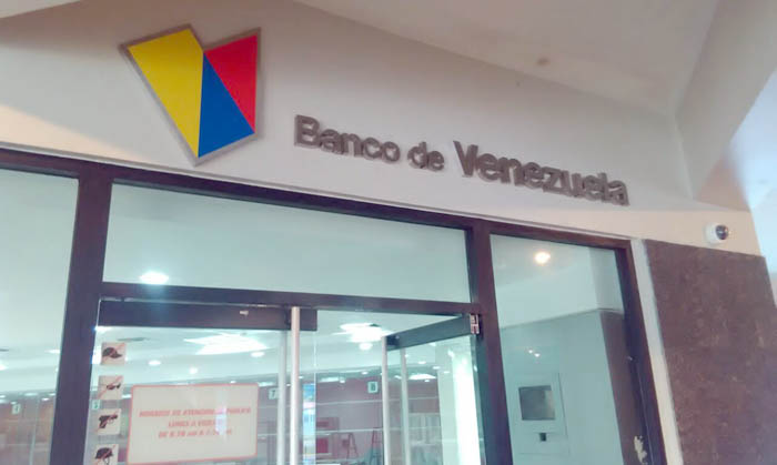 Pulsoempresarial banco de venezuela abre sus puertas en for Banco venezuela online