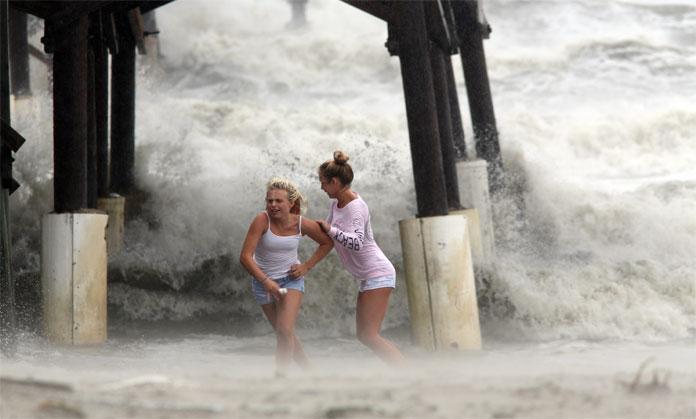 Una mujer murió en Florida durante el paso del huracán Matthew