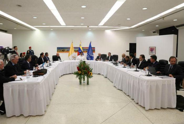 Diálogo en Venezuela: Acuerdan crear 4 mesas de trabajo
