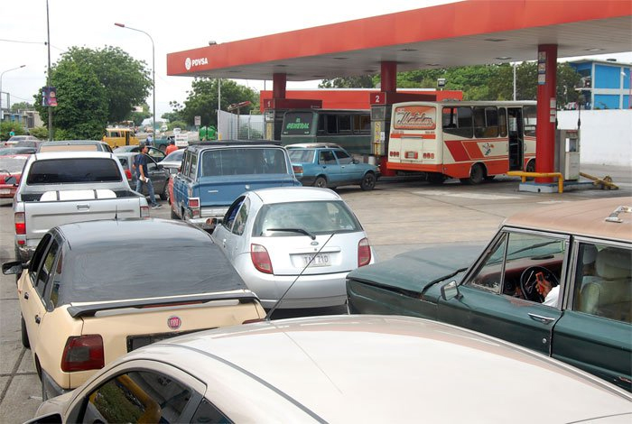 Aseguran que no hay crisis en distribución de gasolina en Venezuela