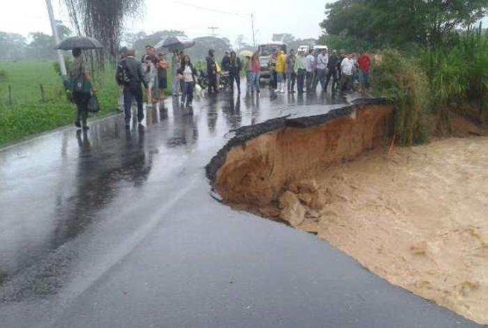 Habilitan rutas alternas ante colapso de la Troncal 1 — Táchira