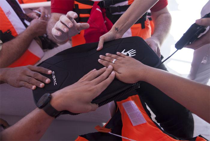 Ballenas y alta tecnología ayudan a personas con discapacidad