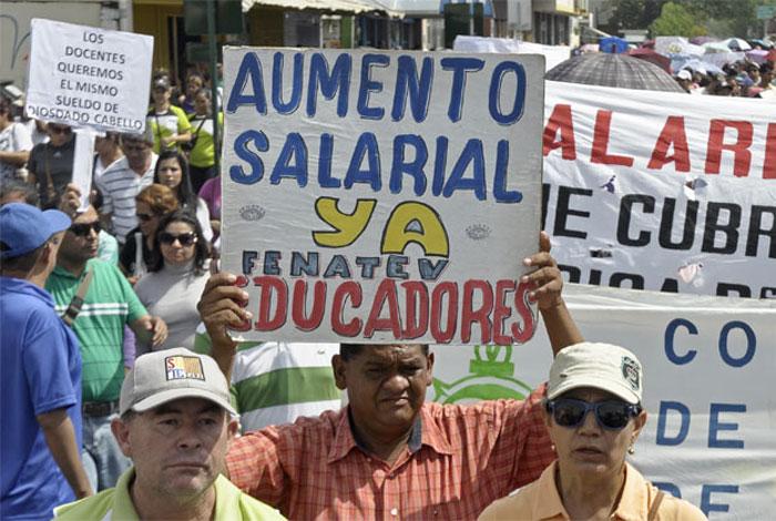 Maduro ordena iniciar la discusión del contrato colectivo unificado del sector educativo