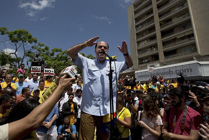 En Venezuela se está imponiendo la paz — Presidente Maduro