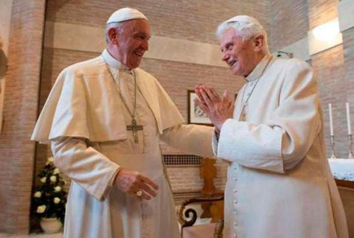 Benedicto XVI celebra 90 años con cerveza y bretzels alemanes