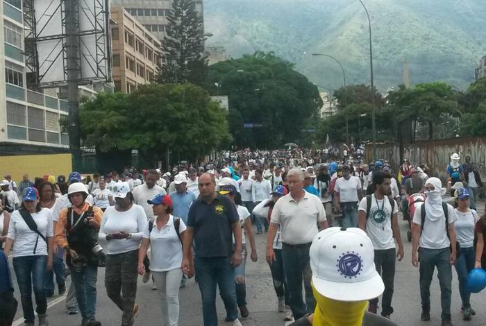 Oposición marchará el lunes 29 de mayo hasta la Defensoría del Pueblo