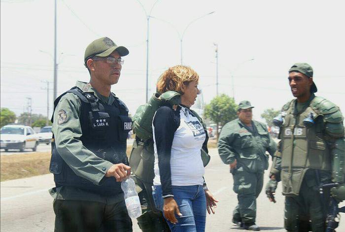 Detienen a diputada opositora durante manifestación en el este de Venezuela