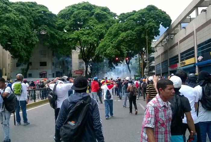 El violinista que tocó en medio de la represión — Venezuela