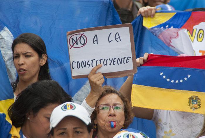 Más de 30 indígenas postulados para la Constituyente venezolana