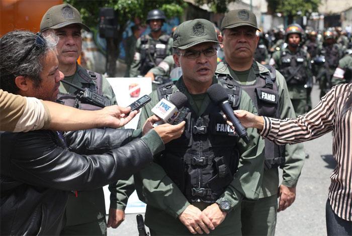 Guardias Nacionales no reprimen, dispersan manifestaciones que NO son pacíficas — General Zavarse