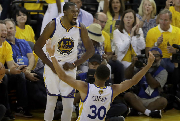 Golden State vs Cleveland, se juega la tercera final de la NBA