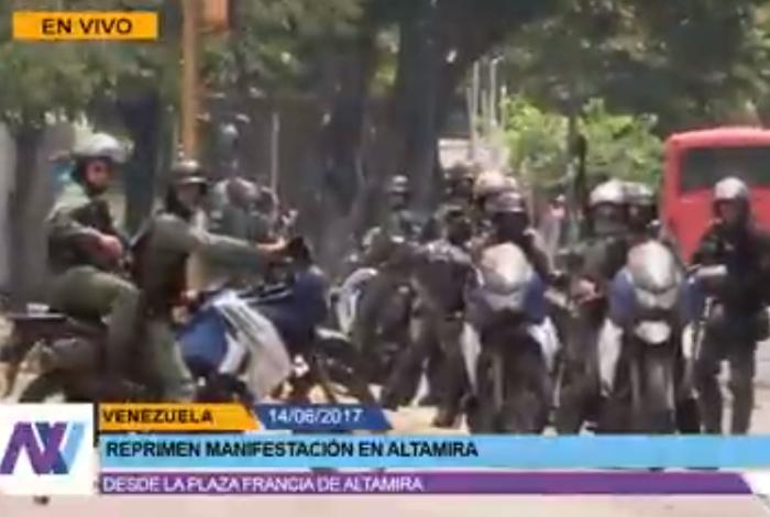 GNB lanza lacrimógenas en plaza Francia y distribuidor Metropolitano