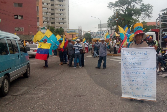Guaros marchan hasta sede del CNE