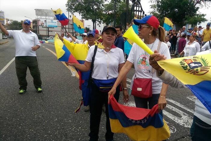 GNB custodia cercanías al CNE de Lara por marcha opositora