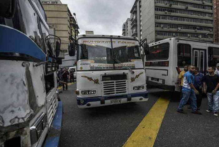 Paro de transporte se cumplió en Caracas este lunes (+Fotos)