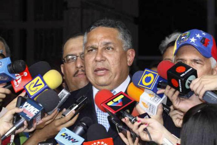 Chavismo solicita junta médica para evaluar a fiscal