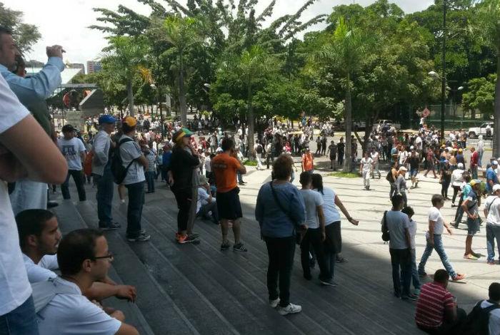 MUD convocó tranca en todas las arterias viales del país para el 30J — VENEZUELA