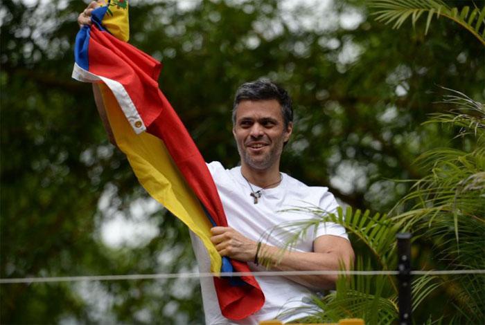 Mauricio Macri celebra la salida de la cárcel de Leopoldo López
