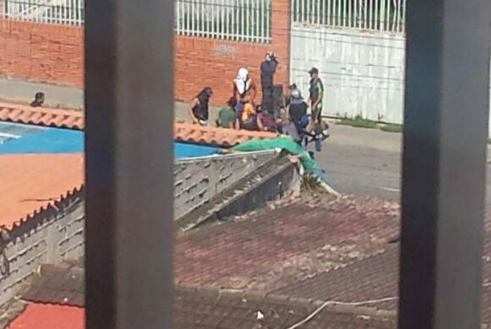 VENEZUELA: GNB y colectivos atacaron durante la madrugada en Barquisimeto
