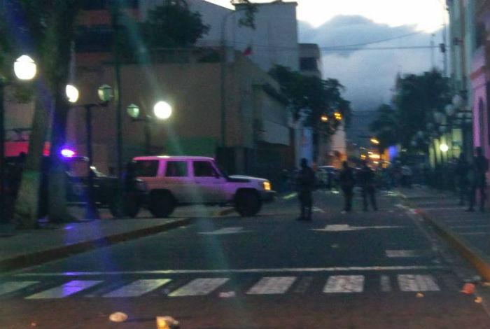 Alfredo Ramos denunció que Sebin intenta ingresar al Palacio Municipal — VENEZUELA
