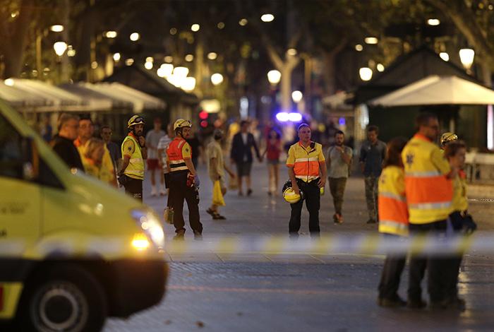 Estado Islámico se adjudica atentado contra multitud en Barcelona