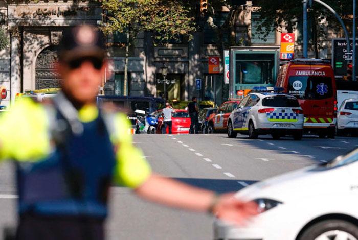 Real Madrid se suma a expresiones de solidaridad por ataque en Barcelona