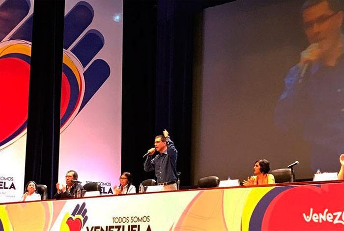 Destacan en jornada de diálogo: Hoy el mundo es Venezuela