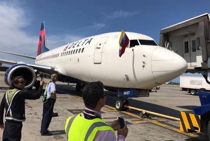 Despegó último vuelo de Delta Air Lines desde Maiquetía (Fotos)