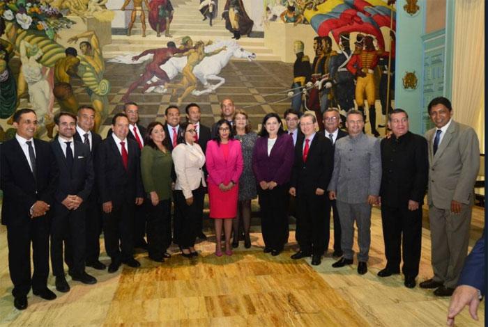 Gobernadores de la MUD desconocerán Constituyente