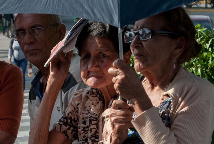 Pensionados Venezolanos Que Residen En El Exterior Esperan Se