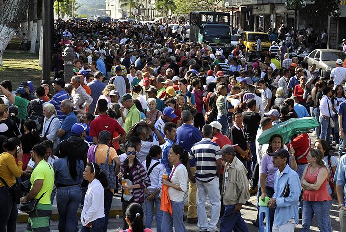 Todo se va a manejar con el Carnet de la Patria — Maduro