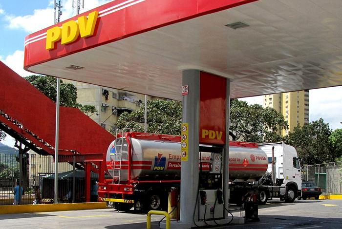 Pdvsa confirma retraso en despacho de combustible en Zulia, Táchira y Barinas