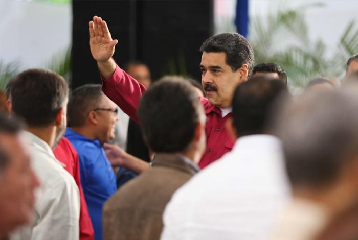 Maduro ordena al Ejército responder contra ataques terroristas