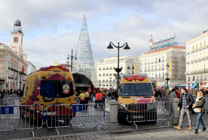 Fuertes medidas de seguridad en puerta del sol para for Puerta del sol 2017