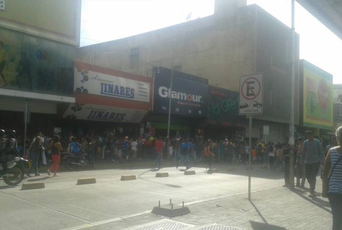 Zulianos respaldan operativos de fiscalización de la Sundde