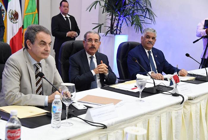 Acude Videgaray a reunión sobre Venezuela