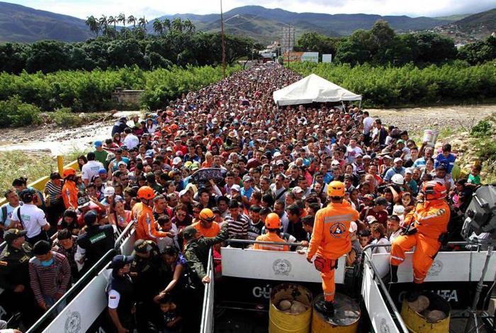 La migración de venezolanos es el problema más serio de Colombia — Santos
