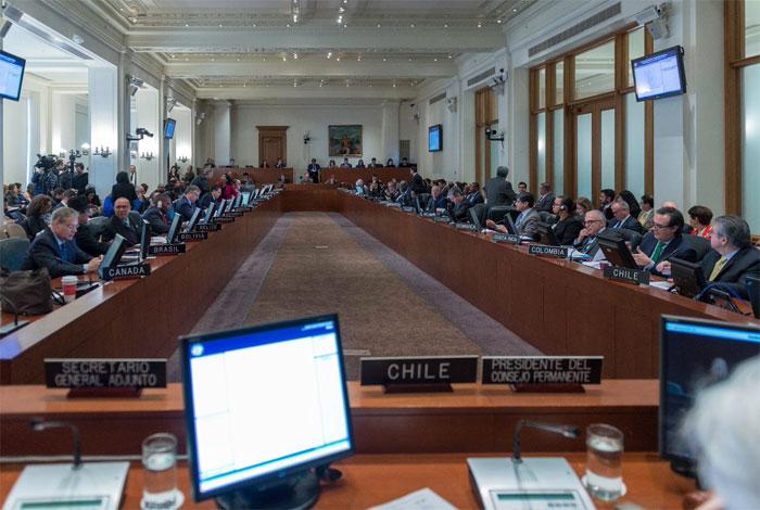 La OEA insta a Maduro a cancelar las elecciones de abril