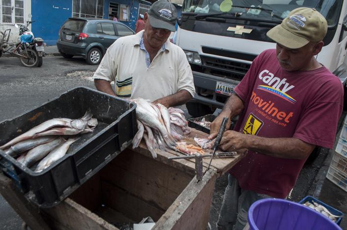 El pescado aumentó un 30% — Semana Santa