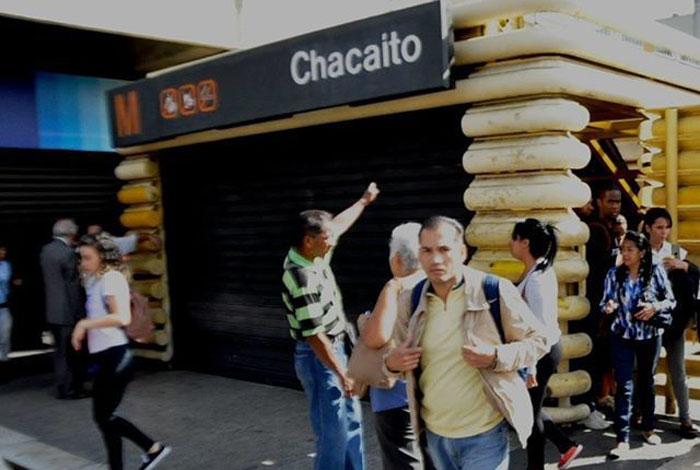 Reportan fallas en el Metro de Caracas tras detonaciones