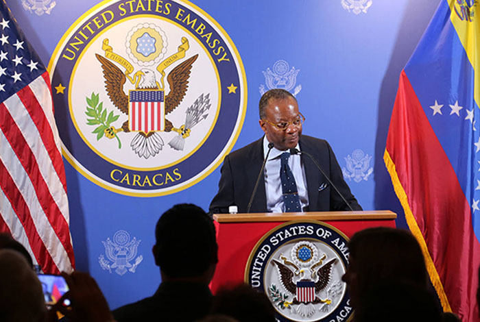 Ente comicial de Venezuela rechaza críticas de diplomático de EE.UU