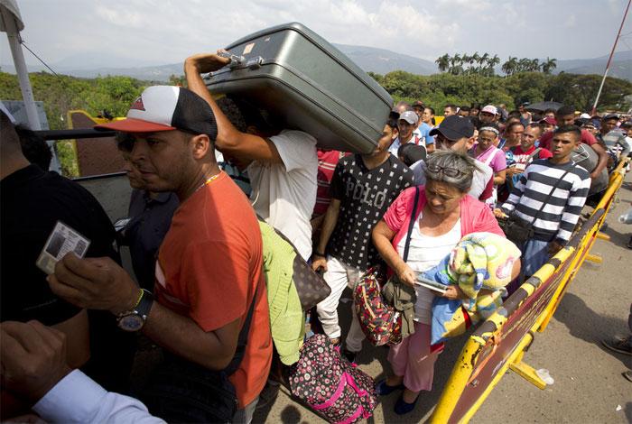 Vaticano destina 400 mil euros para ayudar a inmigrantes venezolanos