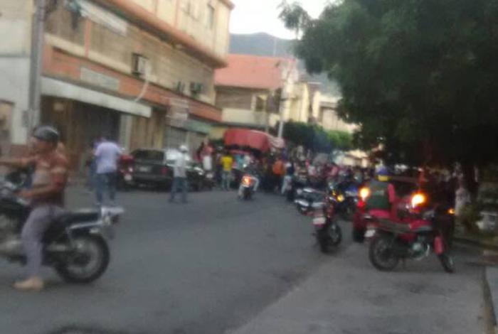 Granada explotó en el Centro Cívico de San Antonio del Táchira