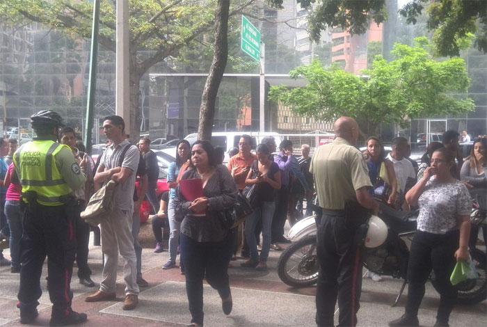 Este lunes comienza a regir exigencia de visa para venezolanos y haitianos