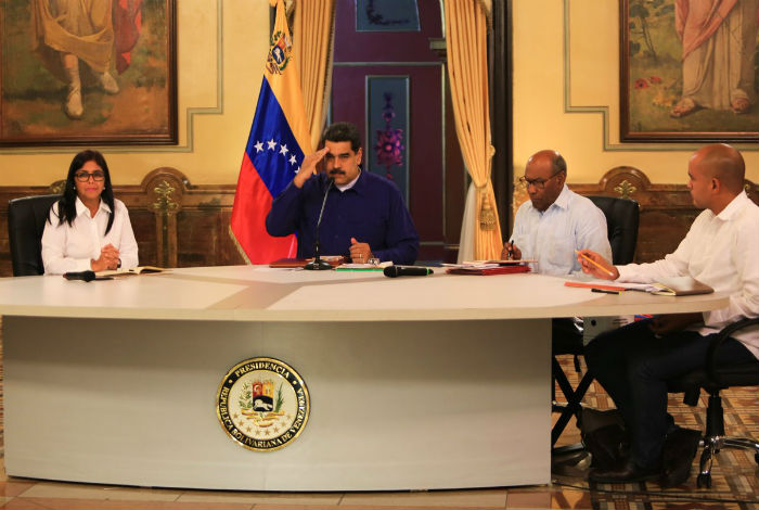 Nicolás Maduro justifica su