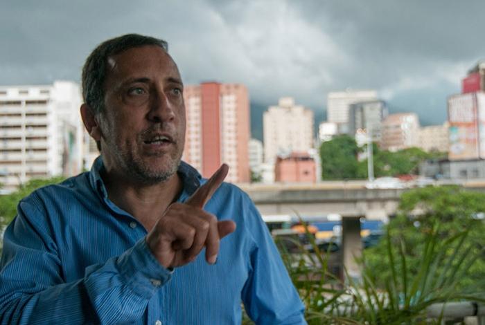 Salario mínimo pasó de mil 800 a 4 mil 500 bolívares soberanos