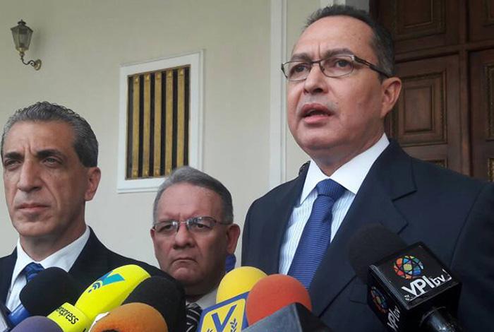 Almagro reconoce a Guaijó como presidente de Venezuela